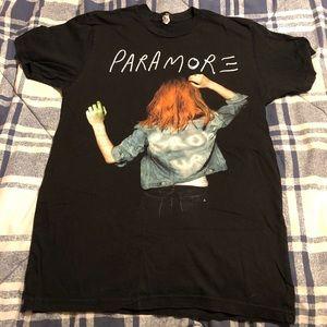Paramore band shirt